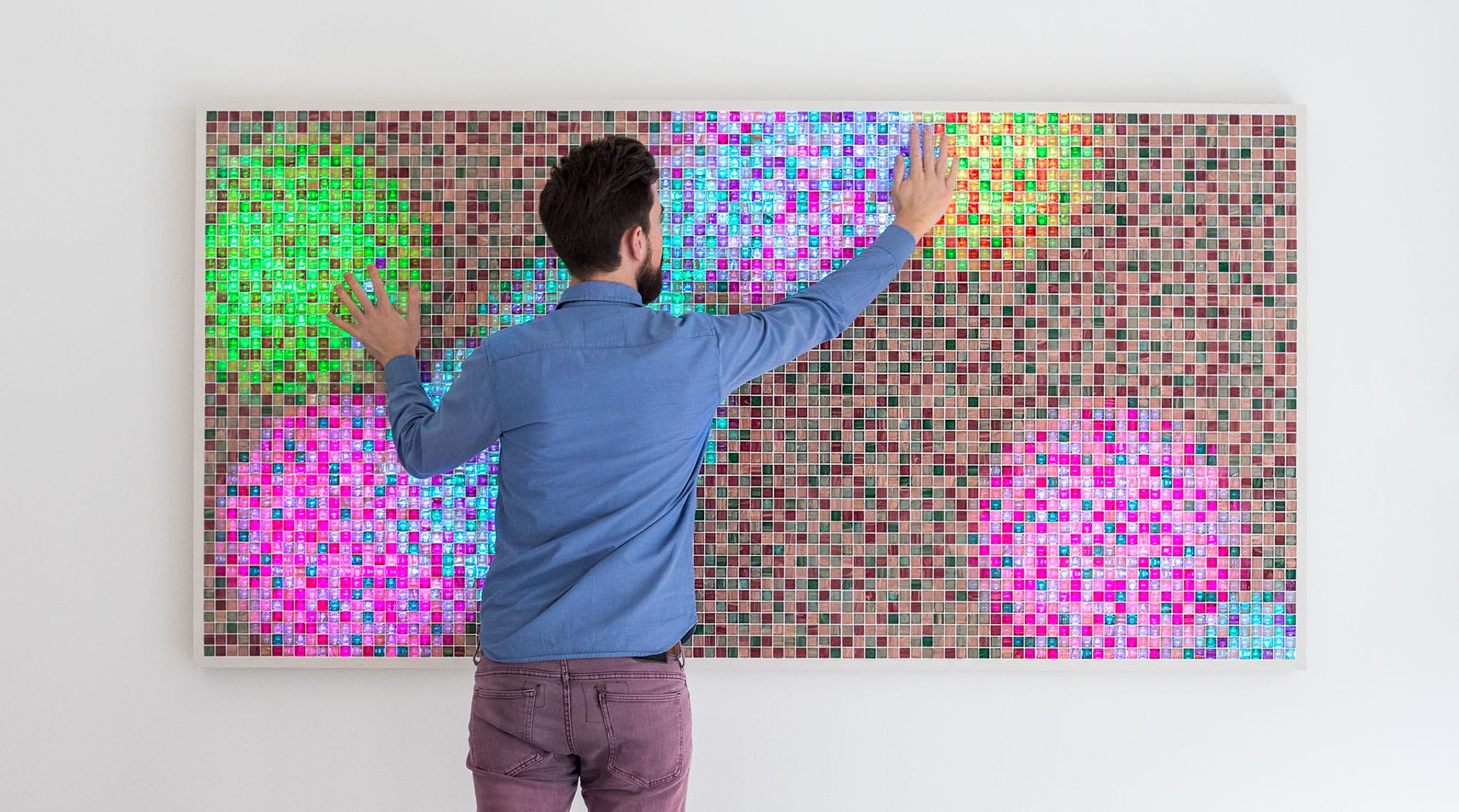 Playful interaction on multi-touch display